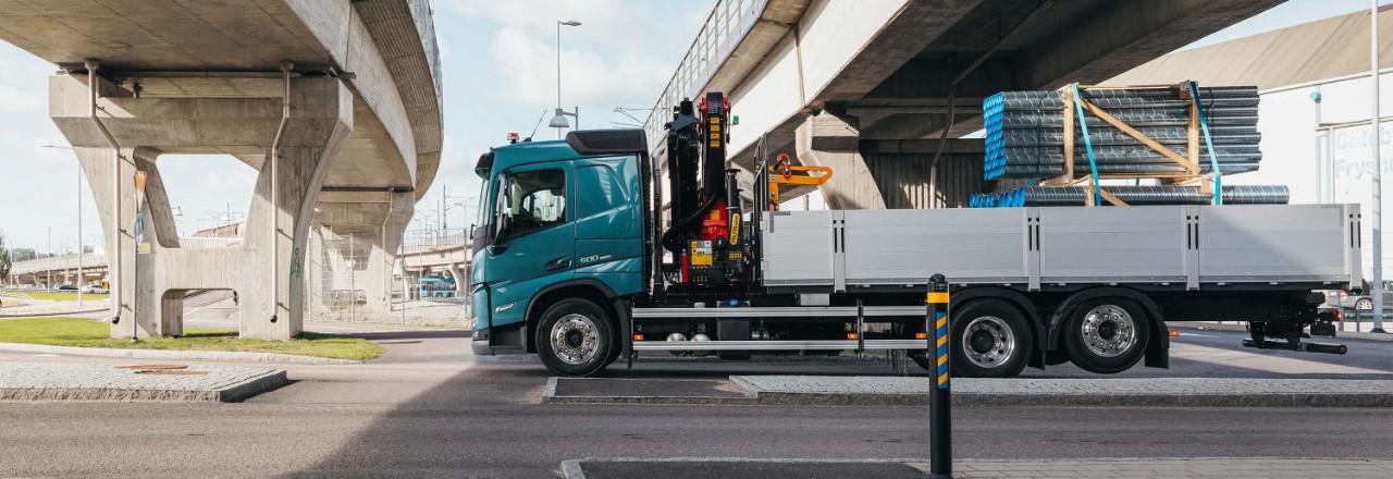 Získajte Volvo FM so širokou škálou usporiadaní náprav, rázvorov kolies avýšok podvozkov podľa svojich potrieb.
